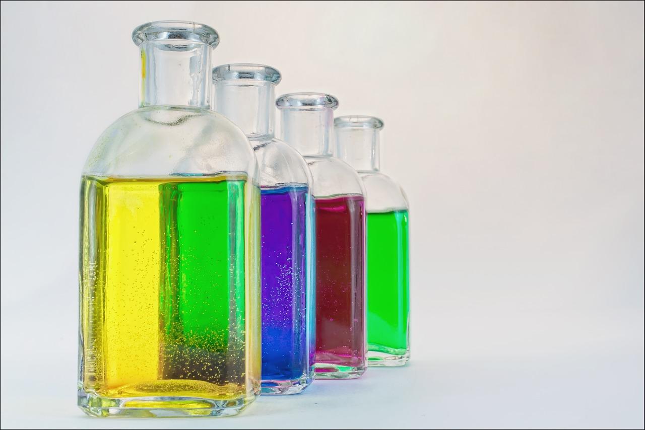 【レジンクリーナーの代用品】アセトンやエタノールで「拭き取る使用法」について