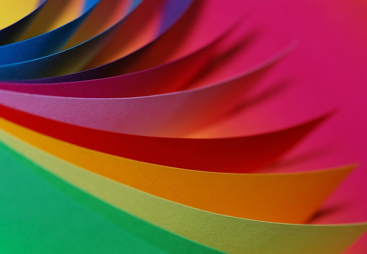 レジンの紙染みを防ぐコーティング剤の種類